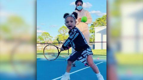 Serena Williams w/ daughter Olympia