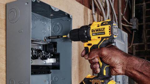 DeWalt Atomic 20-Volt Max Cordless Drill Kit