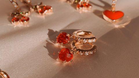 Babeina Gold Heart Earrings