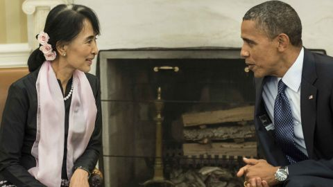 Suu Kyi meets with US President Barack Obama in the White House Oval Office. Obama later visited her lakeside villa in Myanmar. It was the first visit to Myanmar by a sitting US president.