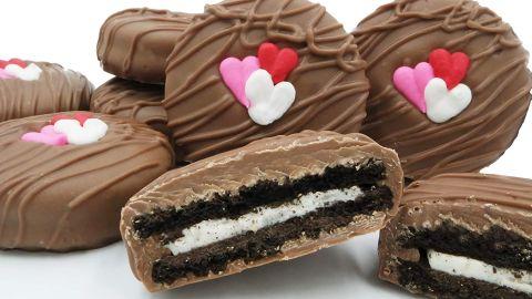 Philadelphia Candies Milk Chocolate-Covered Oreo Cookies