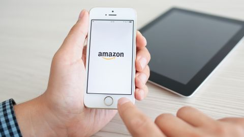 Amazon is one of the rotating bonus categories on the Discover it Cash Back card in 2021.