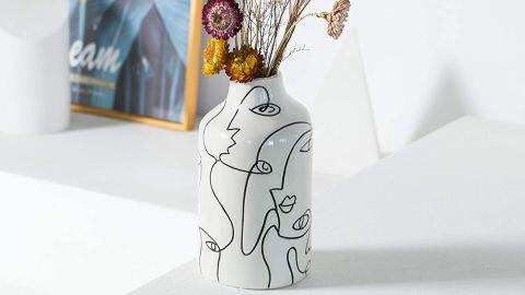 Kimdio Face Design Ceramic Vase