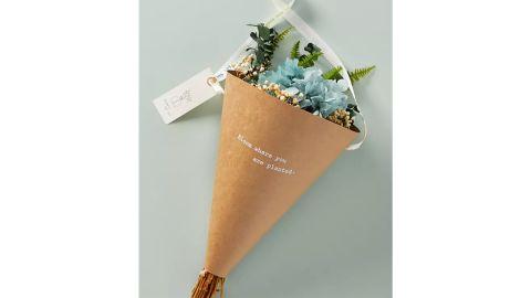 Heartfelt by Anthropologie Dried Hydrangea Bouquet