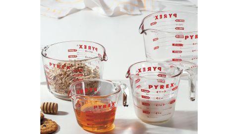 Pyrex 4-Piece Glass Measuring Cup Set