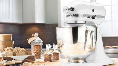 KitchenAid Artisan Series 5 Qt. 10-Speed Tilt-Head Stand Mixer