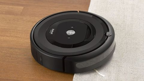 Roomba E5 Wi-Fi-Enabled Robotic Vacuum