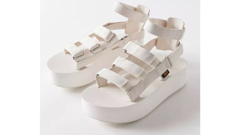 Teva Mevia Flatform Sandal