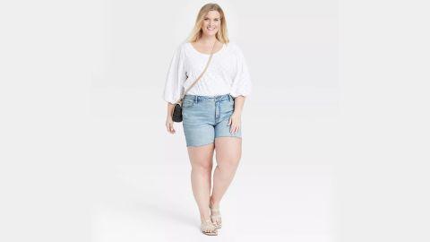 Ava & Viv Plus-Size Destructed Midi Jeann Shorts