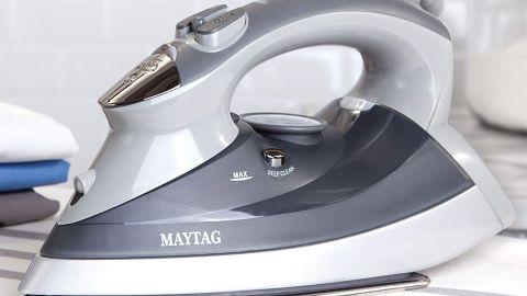 Maytag M400 Steam Iron