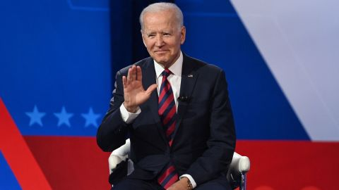 US President Joe Biden waves as he participates in a CNN Town Hall hosted by Don Lemon at Mount St. Joseph University in Cincinnati, Ohio, July 21, 2021. (Photo by SAUL LOEB / AFP) (Photo by SAUL LOEB/AFP via Getty Images)