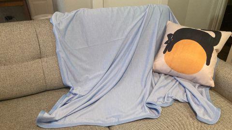 Bedsure Cooling Blanket
