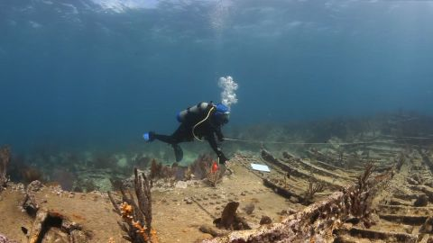 Diving with a Purpose trains volunteers to become underwater archaeology advocates.