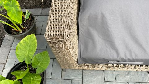 Detail shot of the Outer sofa in wicker after two months of testing.