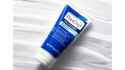 PanOxyl 4% Creamy Facial Treatment Wash