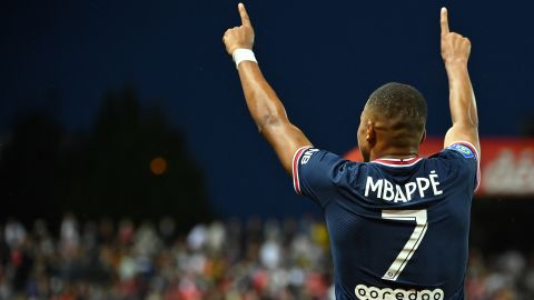 Paris Saint-Germain's French forward Kylian Mbappe celebrates after scoring a goal during the French L1 football match between Stade Brestois and Paris Saint-Germain at Francis-Le Ble Stadium in Brest on August 20, 2021. (Photo by LOIC VENANCE / AFP) (Photo by LOIC VENANCE/AFP via Getty Images)