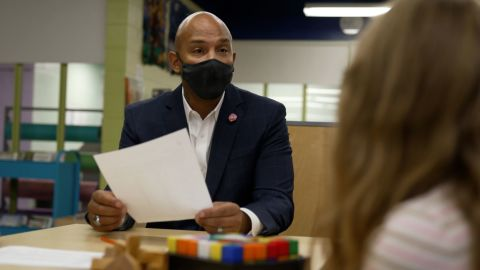 Sean Perry and his nonprofit 'We R H.O.P.E.' are making children's mental health a priority.