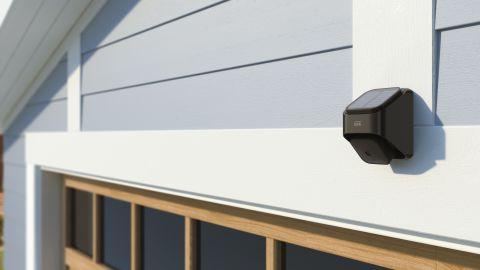 210928123330-blink-solar-panel-mount