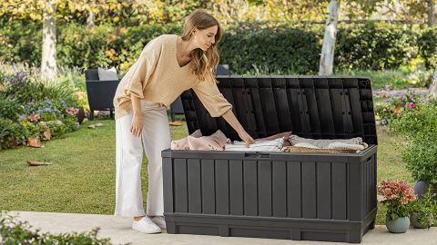 Keter Kentwood 90-Gallon Resin Deck Box