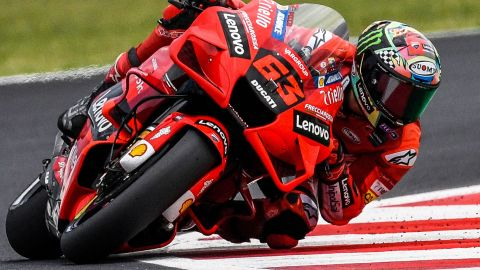 TOPSHOT - Ducati Italian rider Francesco Bagnaia competes during the San Marino MotoGP Grand Prix at the Misano World Circuit Marco-Simoncelli on September 19, 2021 in Misano Adriatico, Italy. (Photo by ANDREAS SOLARO / AFP) (Photo by ANDREAS SOLARO/AFP via Getty Images)